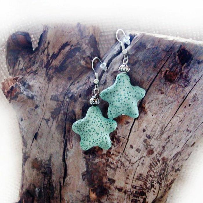 bijoux-avec-pierre-volcanique-des-étoiles-de-mer-bleues