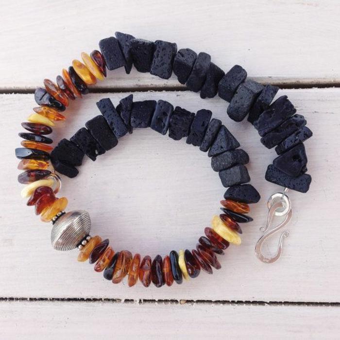 bijoux-avec-pierre-volcanique-joli-collier-avec-pierres-de-volcan