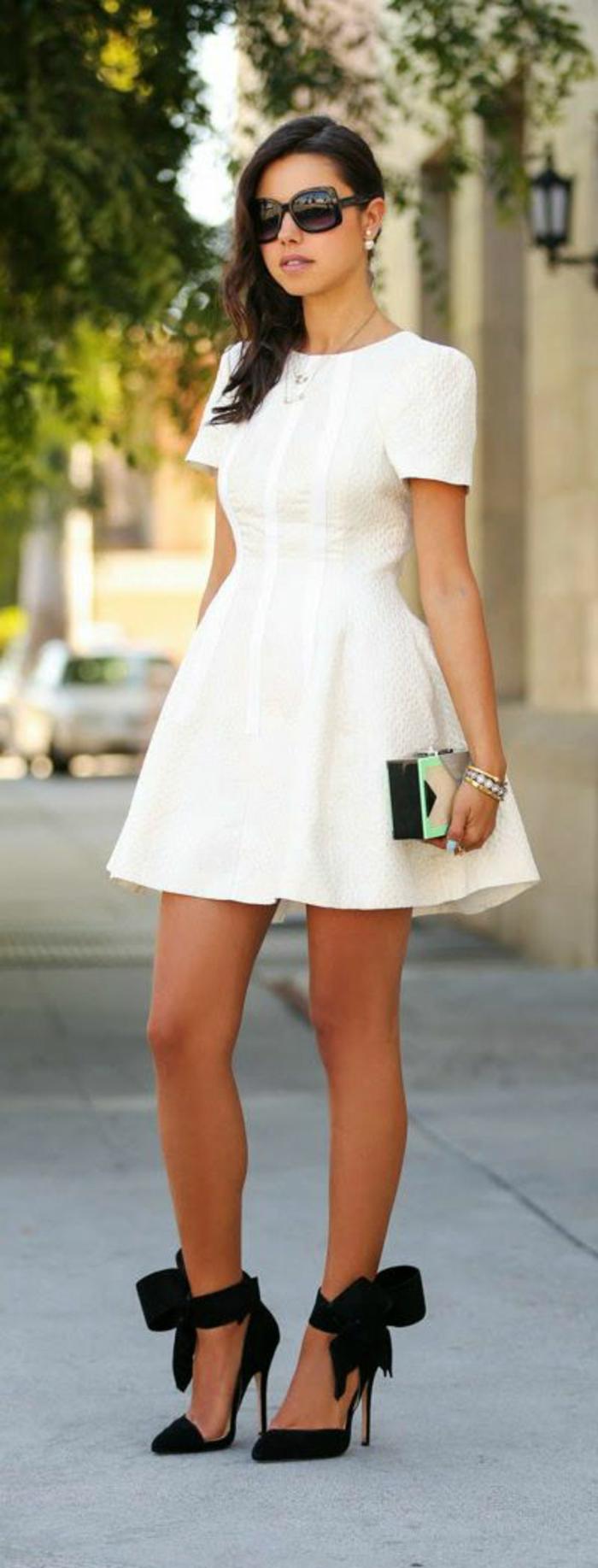 boucle-d-oreille-perle-blanche-dior-bijoux-beauté-robe-blanche-trapèze