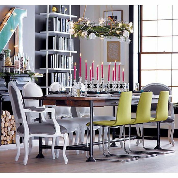 bougeoir-en-verre-chandeliers-en-verre-sur-la-table