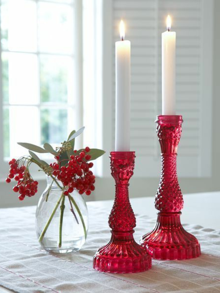bougeoir-en-verre-rouge-bougeoirs-verre-coloré