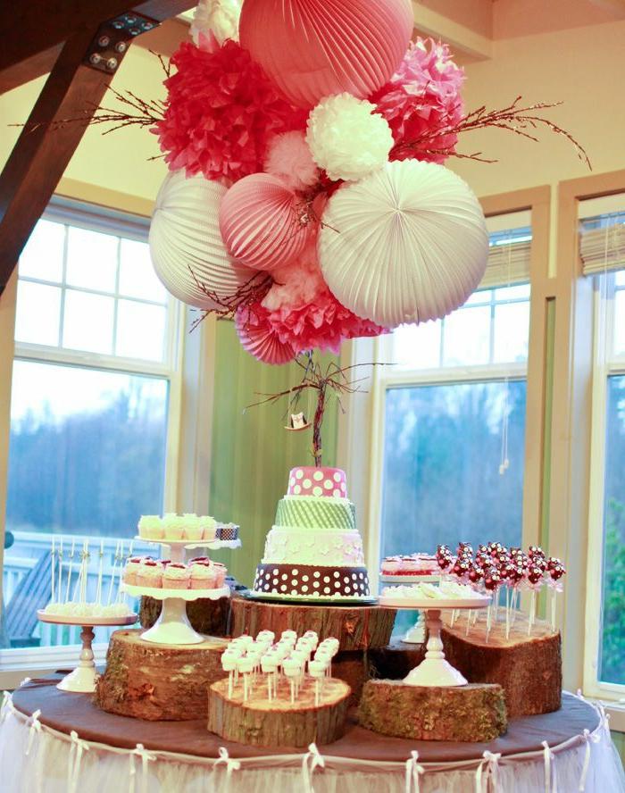 boules-chinoises-en-papier-decoration-mariage-idée-insolite-comment-décorer