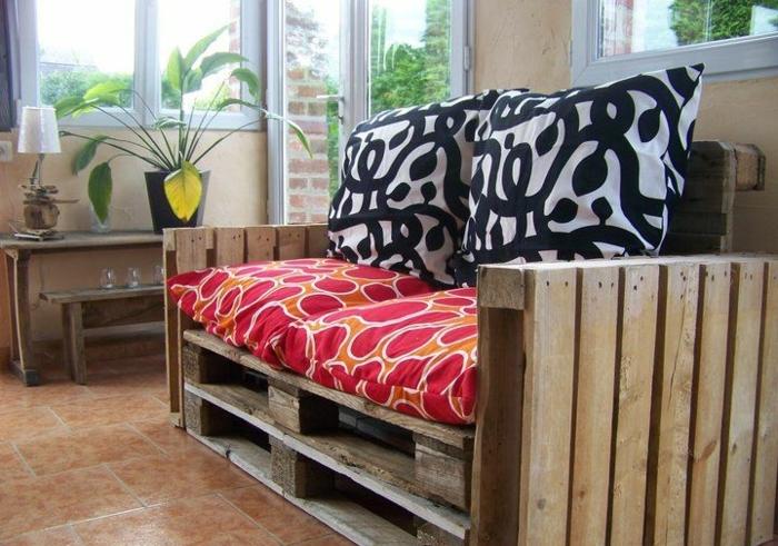 canape-en-palette-fauteuil-en-palette-meuble-en-palette-pas-cher