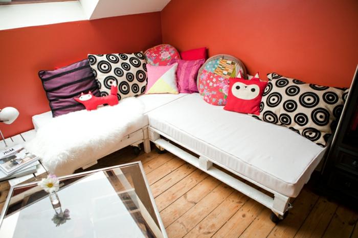 canape-pelette-meuble-en-palette-fabriquer-des-meubles-avec-des-palettes