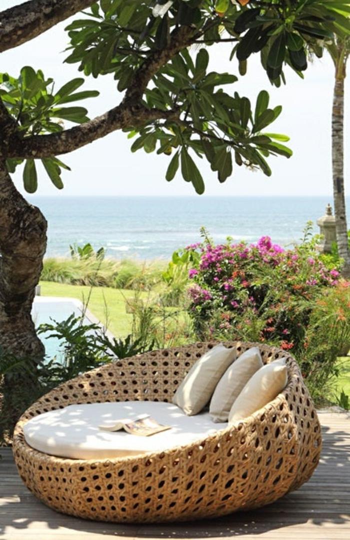 notre inspiration du jour est la chaise en osier. Black Bedroom Furniture Sets. Home Design Ideas