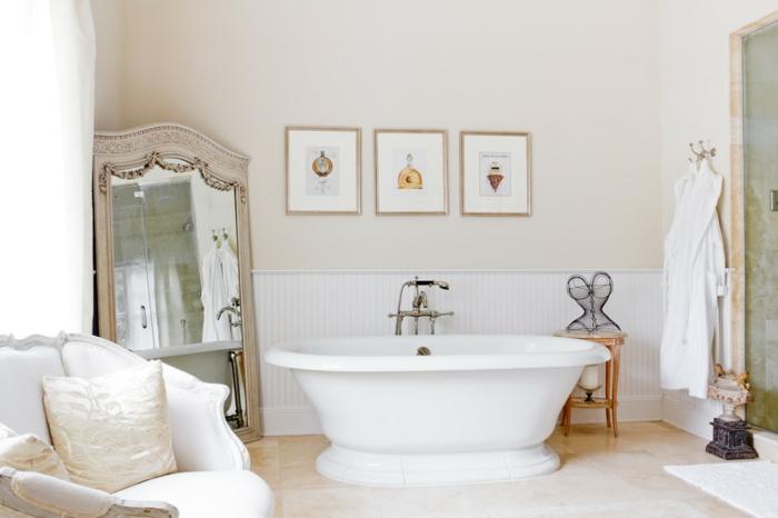 chambre-à-coucher-beige-cappuccino-salle-de-bain-blanche-déco