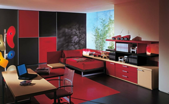 chambre-d-enfant-élégante-de-couleur-carmin-rouge-pourpre-couleur-amarante