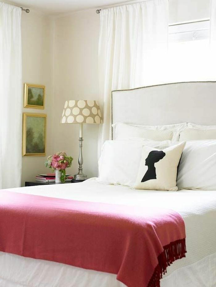 chambre-feng-shui-chambre-à-coucher-zen-maison-feng-shui-rideaux-blancs-longs