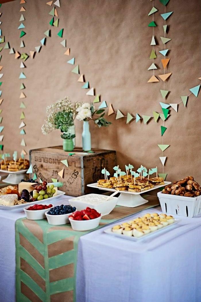 chemin-de-table-en-papier-set-de-table-jetable-nappe-blanche-fleurs-de-table
