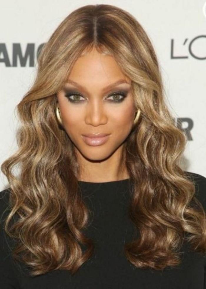 cheveux-ondulés-coiffure-bouclée-coupe-de-cheveux-ondulés-beyoncé