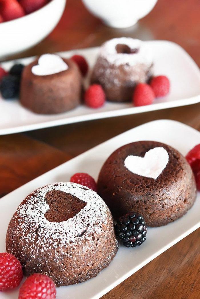 coeur-fondant-au-chocolat-coulant-au-chocolat-coeur-framboises