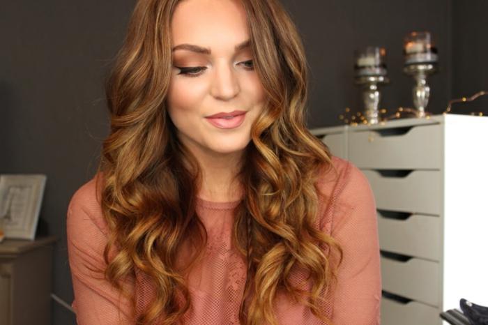 comment-avoir-les-cheveux-ondulés-coiffure-idées-youtube-star