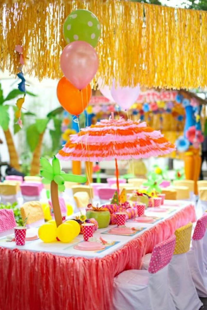 comment-décorer-la-table-avec-joli-set-de-table-jetable-nappe-rose-anniversaire-petite-fille