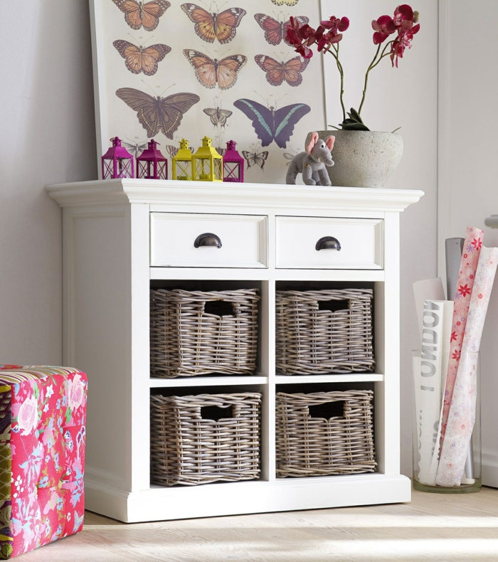 commode-blanche-panniers-rustiques