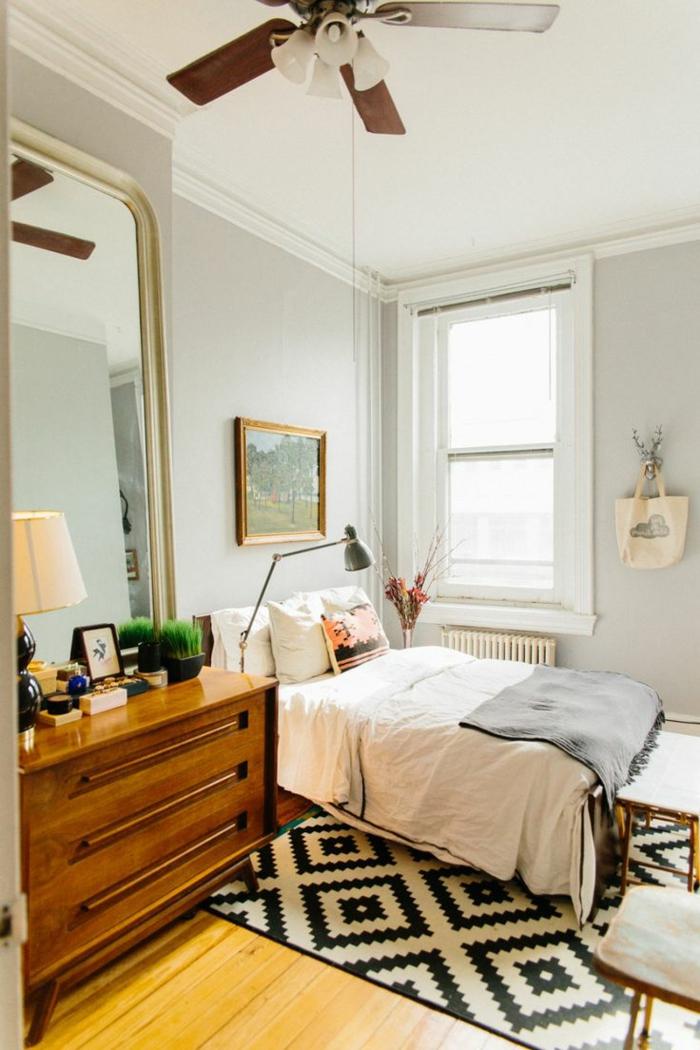 commode-en-bois-chambre-à-coucher