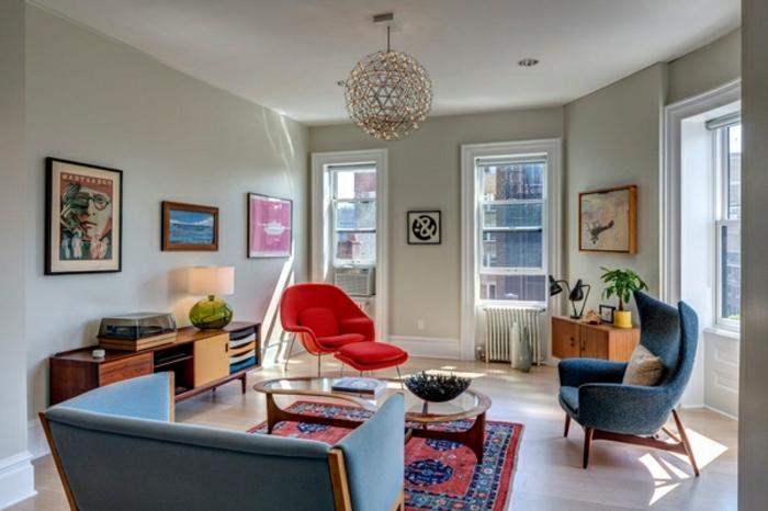 commode-en-bois-décoration-d'espace-vintage