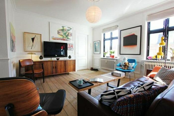 commode-en-bois-salle-de-séjour-chaleureuse-éclectique