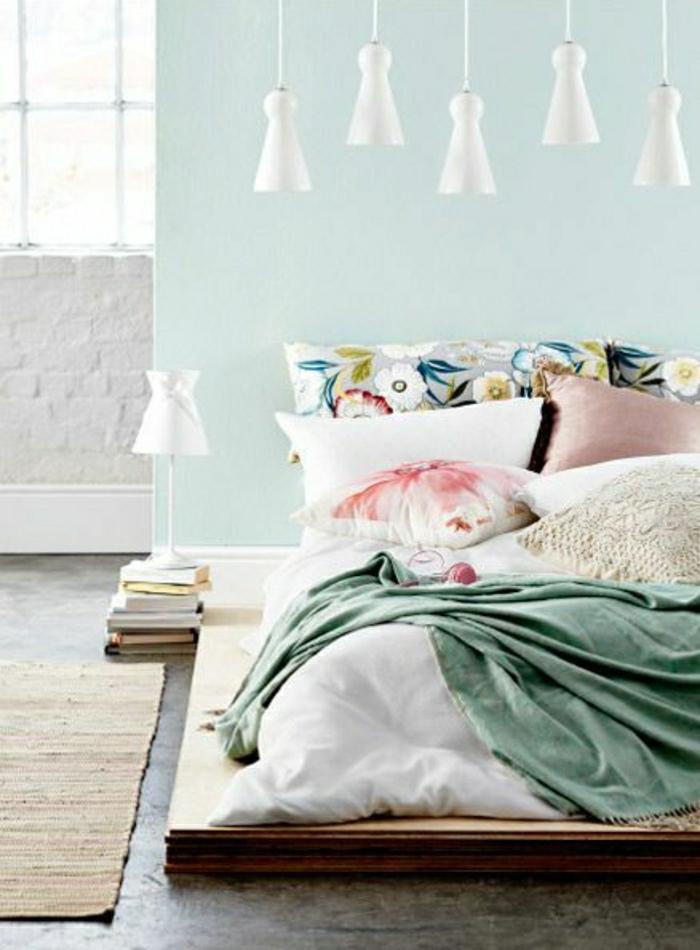 couleur-pastel-dessin-pastel-chambre-a-coucher-mur-bleu-pastel