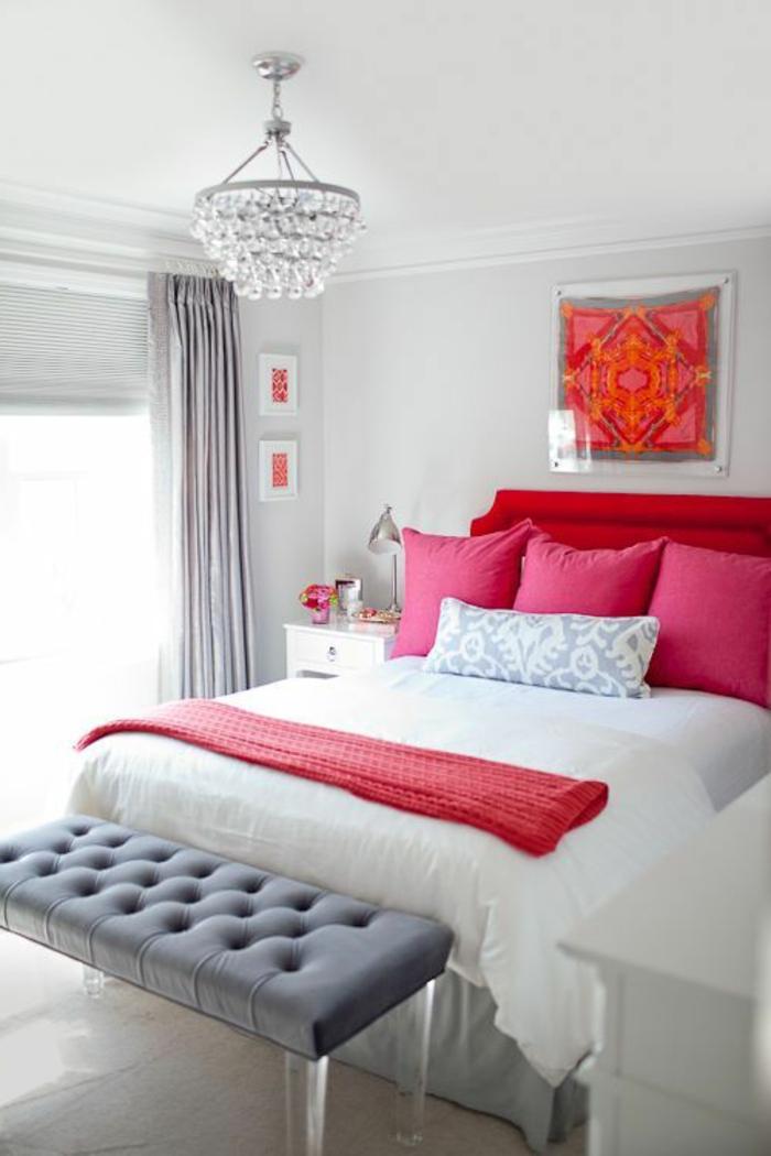 Am nager la maison dans la gamme de la couleur carmin - Chambre couleur rouge ...