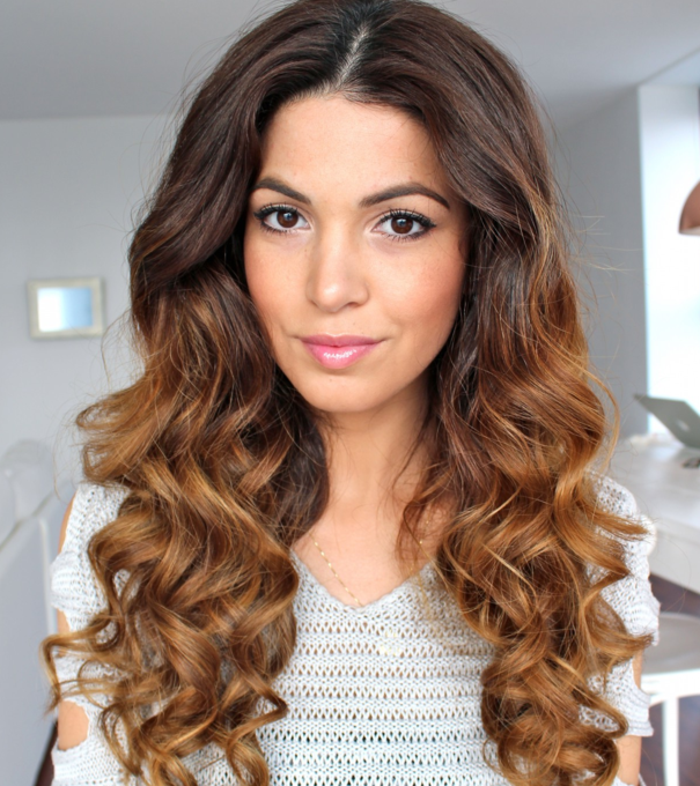Photo cheveux long boucle