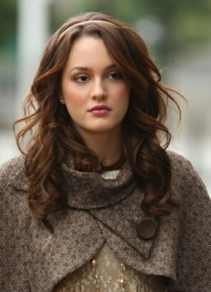 coupe-pour-cheveux-long-cheveux-bouclé-leighton-meesters-blair-waldorf