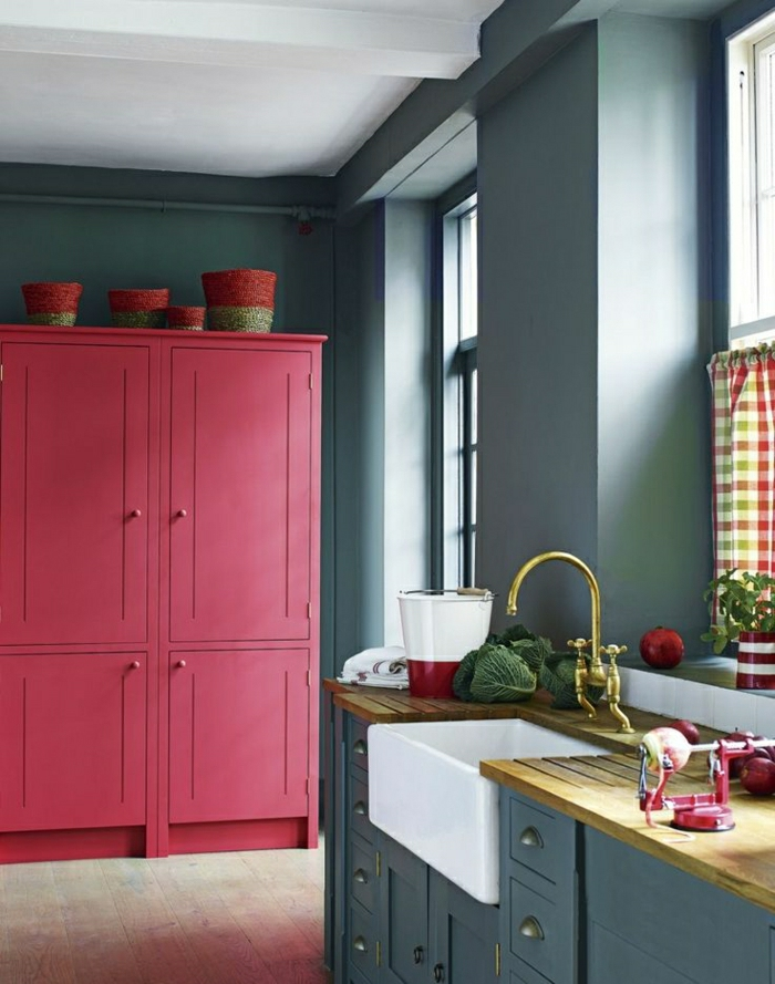 cuisine-gris-rose-meubles-gris-violet-rose-idée-couleur-cuisine-grise