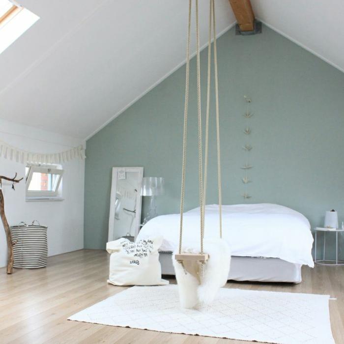décoration-chambre-adulte-lit-balançoire-dans-la-chambre