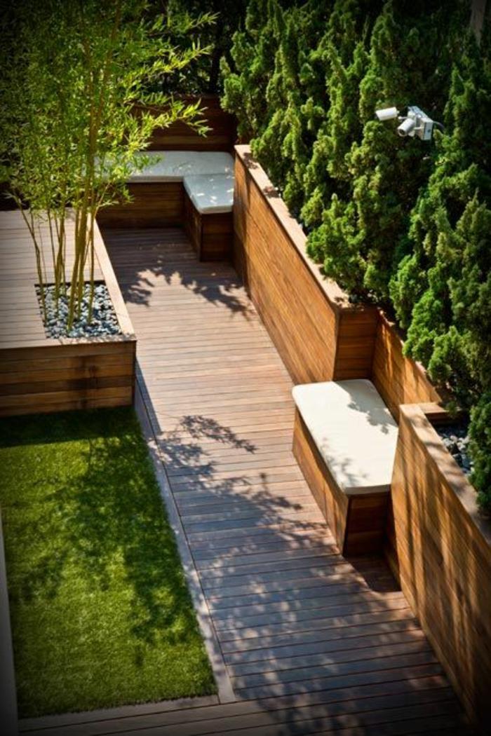 décoration-jardin-pelouse-fausse-faux-gazon-synthetique-extérieur-terrasse-idée