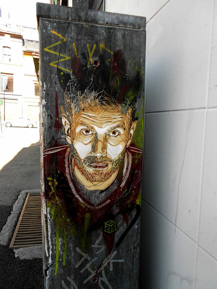 définition-du-street-art-de-C215 -autoportrait