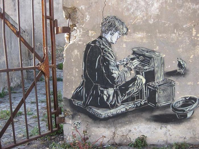 définition-du-street-art-de-C215 -ecrivain