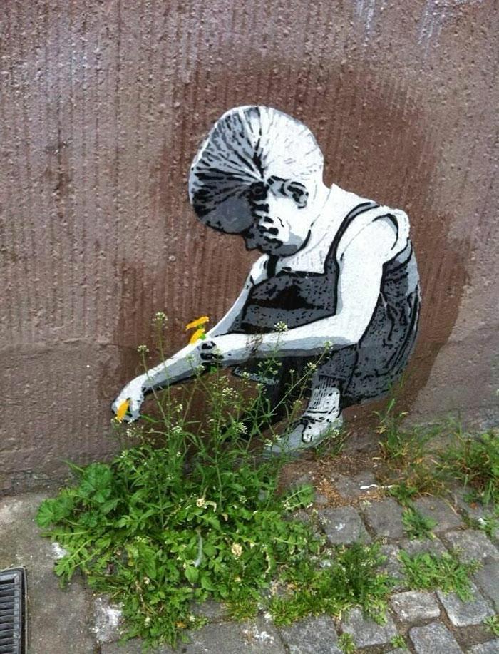 de-90bpm-graffiti-pochoirs-oeuvre-art-enfant-fleurs