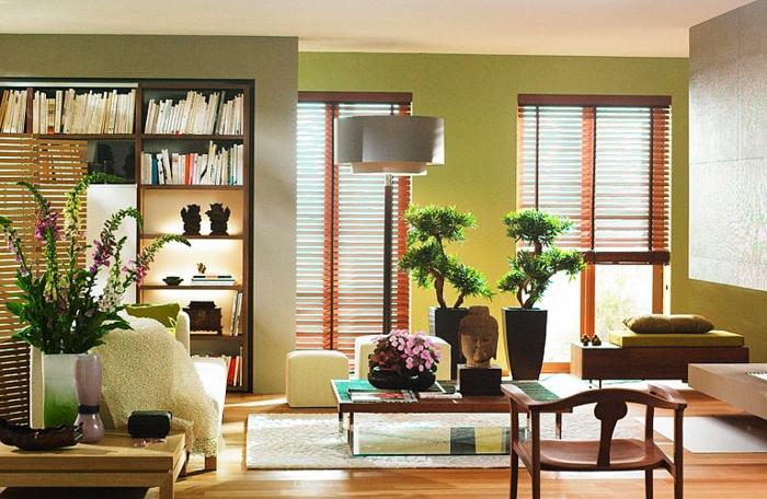feng-shui-salon-idée-aménagement-feng-shui-tapis-beige-salon-moderne-plante-verte