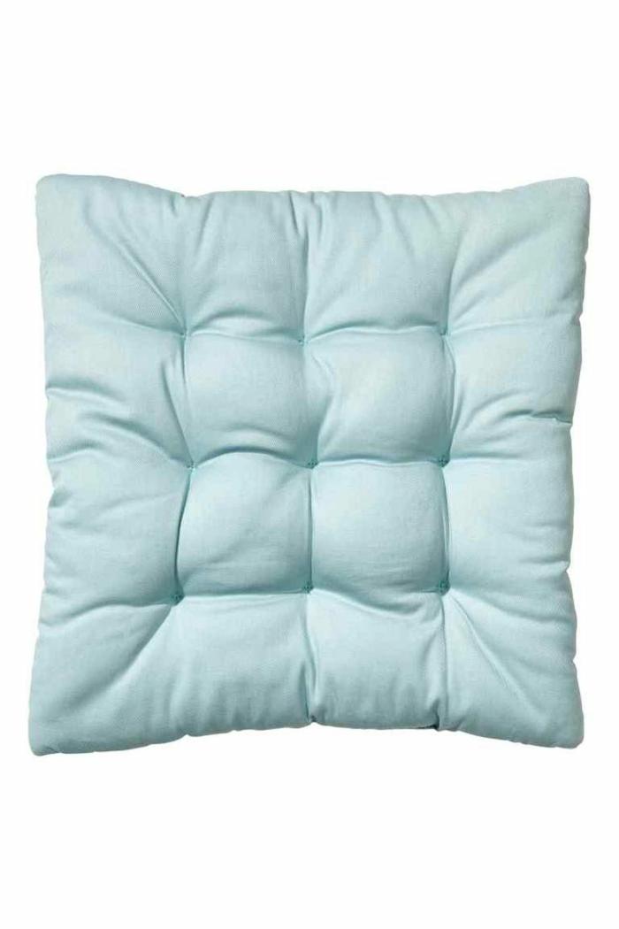 galette-de-chaise-déhoussable-bleu-idée-originale-design-ikea-chaises-galettes-de-chaises