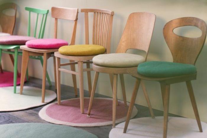 galettes-de-chaises-rondes-colorées-design-original-galettes-de-chaise-ikea