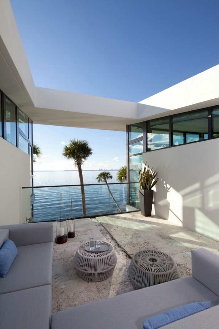 garde corps extrieur jolie maison blanche balustrade moderne - Maison Moderne Blanche