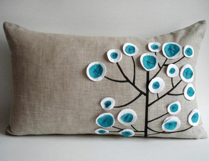 housse-de-coussin-avec-arbre-facile-à-faire