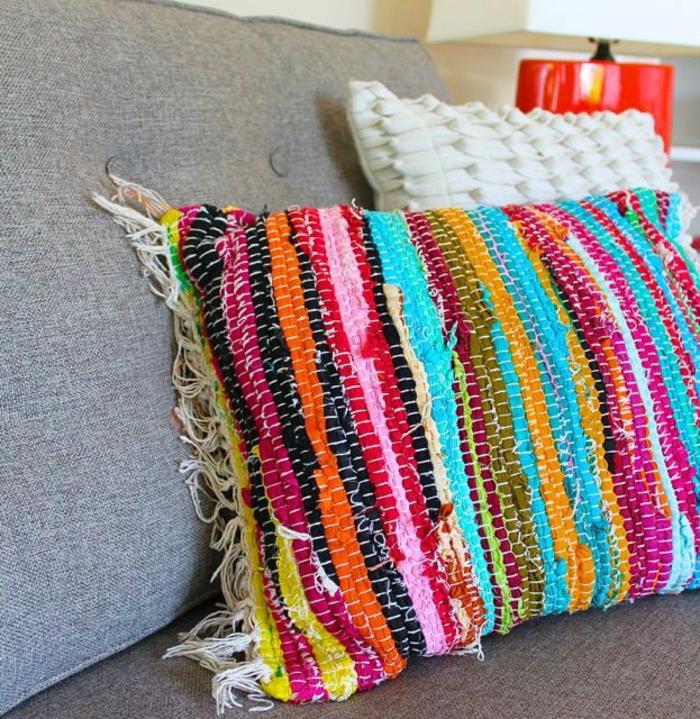 housse-de-coussin-originale-de-carpette-multicolore