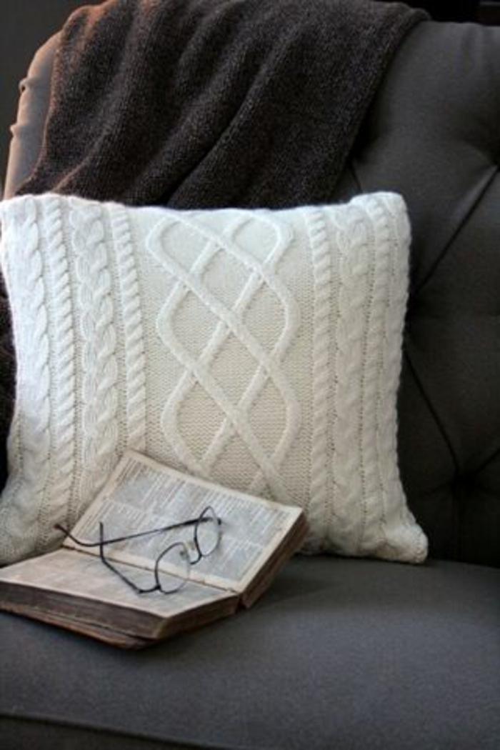 cr ez votre housse de coussin originale. Black Bedroom Furniture Sets. Home Design Ideas