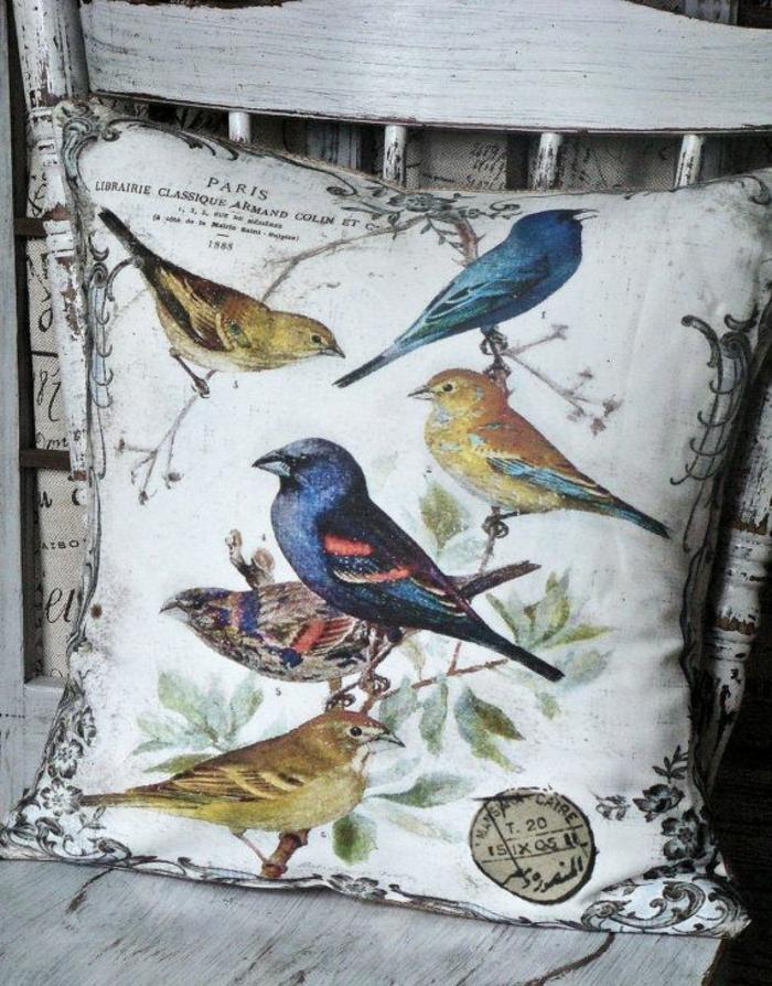 housse-de-coussin-vintage-motif-oiseaux