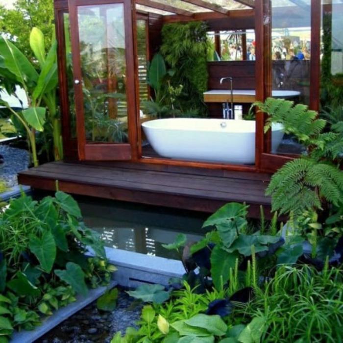 jacuzzi-baignoire-baignoire-d-angle-plantes-vertes