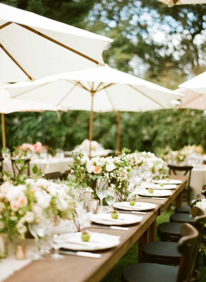 joli-parasol-de-jardin-parasol-rectangulaire-de-couleur-blanc-fleurs-decoration-pour-la-table