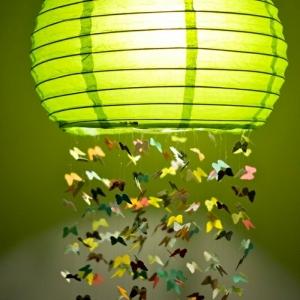 La boule chinoise peut être un joli et original moyen de décoration!
