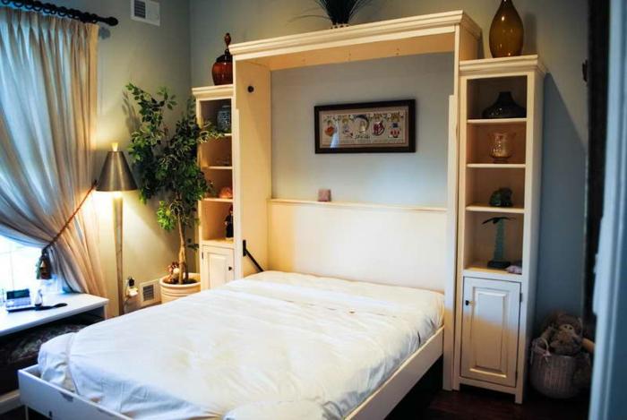 Lit En Bois Pliant : jolie-chambre-a-coucher-lit-en-bois-linge-de-lit-blanc-chambre-a