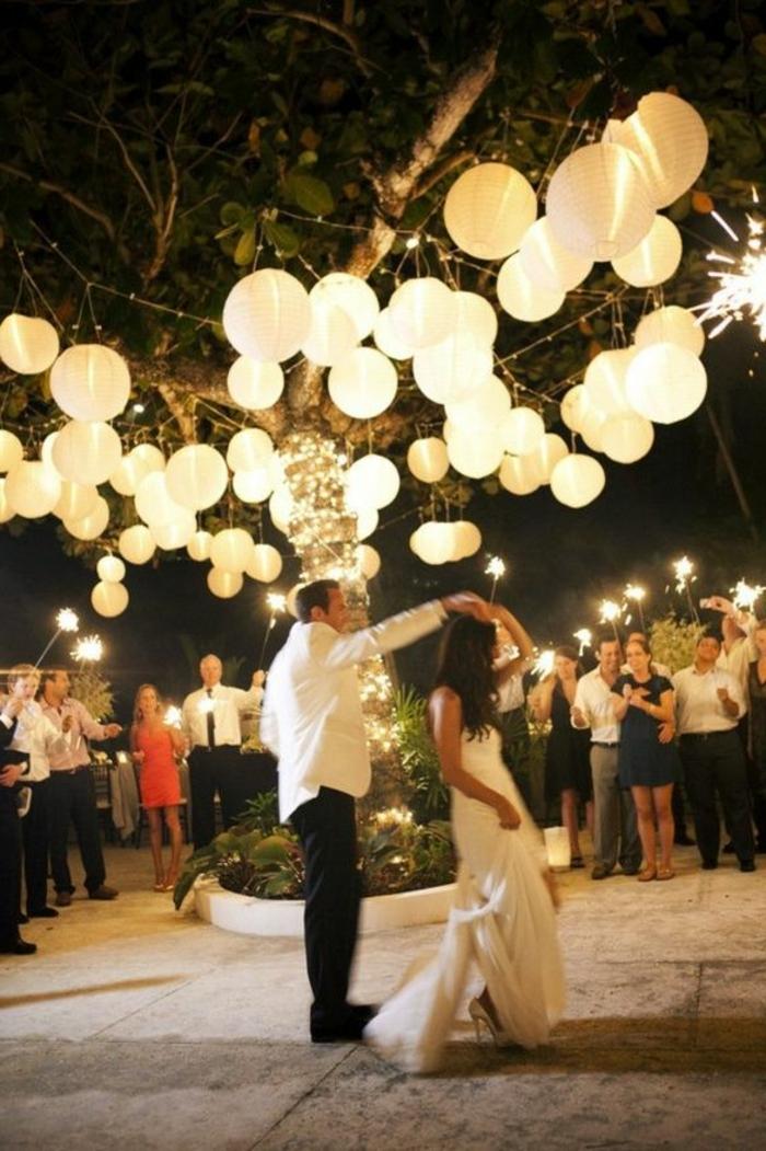 jolie-lanterne-papier-pour-votre-mariage-jolie-decoration-en-papier