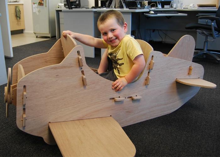 jouets-en-bois-avion