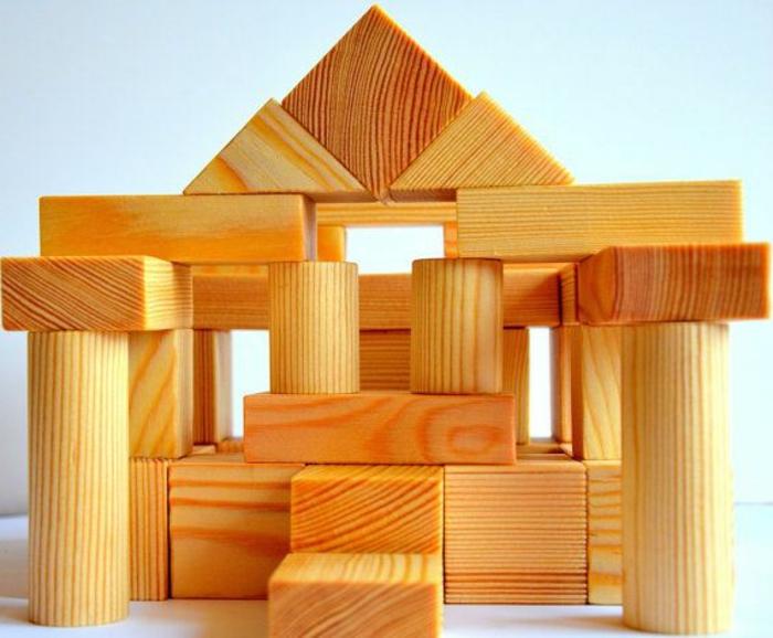 jouets-en-bois-blocs-à-arranger