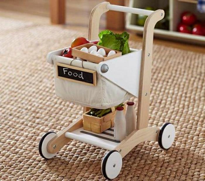 jouets-en-bois-carrosse-de-marchandises
