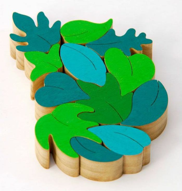jouets-en-bois-joli-puzzle-feuilles