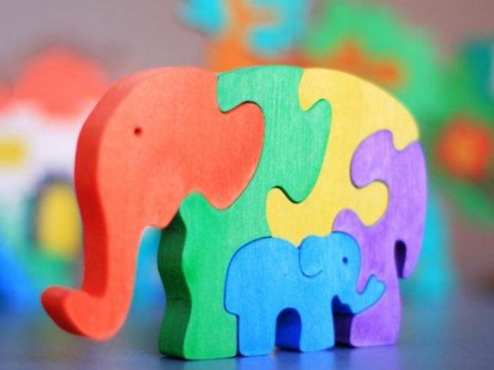 jouets-en-bois-jouets-bois-famille-d'éléphants