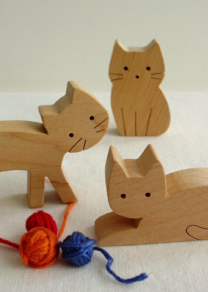 jouets-en-bois-petits-chats-mignons